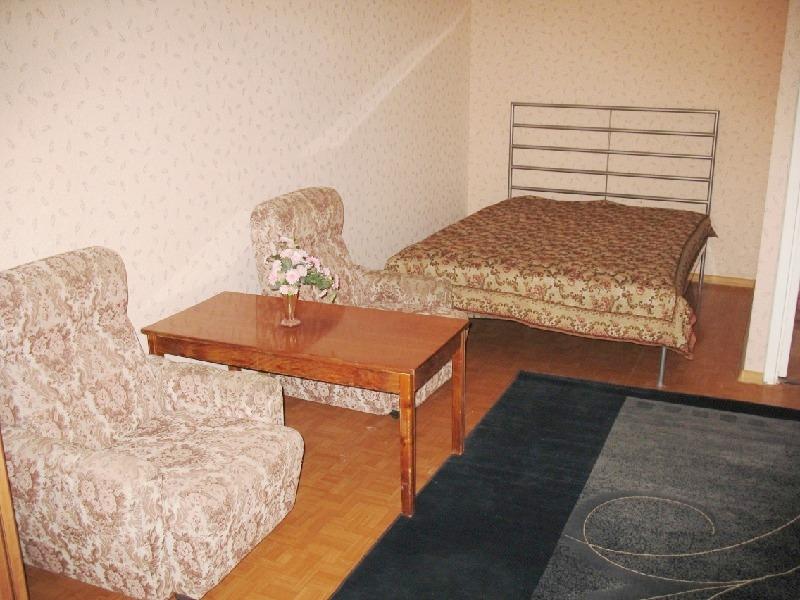 Аренда квартиры Чудновского улица 19