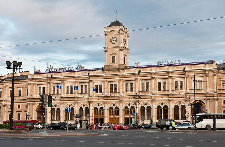 Московский вокзал Санкт-Петербург